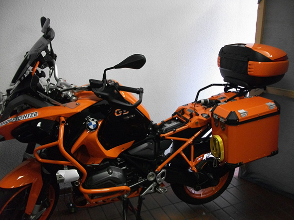 customized bike bmw r1200 gs lc adventure orange. Black Bedroom Furniture Sets. Home Design Ideas