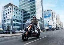 Neuer Yamaha X-Max 300